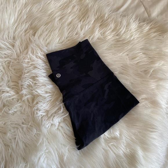 """LULULEMON Align shorts 10"""""""